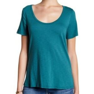 Melrose and Market top short sleeve tie back tee